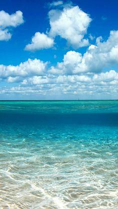 what do you think? Ocean Sunset, Ocean Beach, Beautiful Ocean, Beautiful Beaches, Paradise Places, Beach Relax, Sailboat Painting, Ocean Colors, Ocean Photography