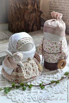 Yarn Dolls, Felt Dolls, Fabric Dolls, Doll Toys, Eslava, How To Make Toys, Handmade Toys, Fabric Scraps, Doll Patterns