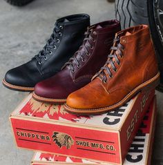 Awesome Chippewa Boots!  Love the colors!  Follow @runnineverlong on Instagram for more inspiration  #boots #chippewa