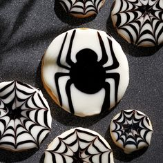 Creepy Crawly Cookies - The Pampered Chef®
