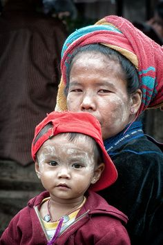 Faces of Myanmar - John Klingel photography