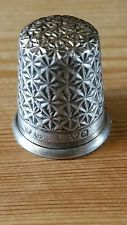 ANTIQUE EDWARDIAN CHARLES HORNER sterling silver CHESTER sewing thimble  Dorcas