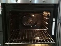 Πώς να καθαρίσεις τον φούρνο με οικολογικό τρόπο Stove, Kitchen Appliances, Diy Kitchen Appliances, Home Appliances, Range, Kitchen Gadgets, Hearth Pad, Kitchen, Kitchen Stove