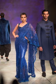 Tarun Tahiliani sparkling royal blue cocktail sari. More here: http://www.indianweddingsite.com/bmw-india-bridal-fashion-week-ibfw-2014-tarun-tahiliani-show/