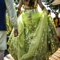 Looking for Bridal Lehenga for your wedding ? Dulhaniyaa curated the list of Best Bridal Wear Store with variety of Bridal Lehenga with their prices Mehendi Outfits, Indian Bridal Outfits, Indian Bridal Wear, Indian Dresses, Bridal Dresses, Indian Clothes, Indian Wear, Lehenga Designs, Mehndi Designs