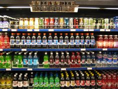 Fat in a Can: The Ugly Truth About Diet Soda. I want to tell this to all the people who buy diet soda. So irritating, lol. Soda Tax, Plateforme Collaborative, Gil Scott Heron, Food Stamps, Family Kitchen, How To Lose Weight Fast, Fun Facts, Weird Facts, Beverages