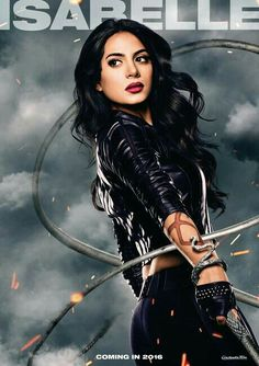 Emeraude Toubia as Isabelle Lightwood // Shadowhunters TV Serie Isabelle Lightwood, Jace Wayland, Shadowhunters Tv Series, Shadowhunters The Mortal Instruments, Shadow Hunters Tv Show, Chat Facebook, Constantin Film, Cassandra Clare Books, City Of Bones