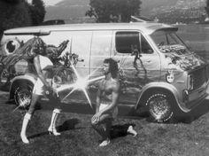 1970s-custom-van-airbrush-paint-job-beauty-queen.jpg (725×542)