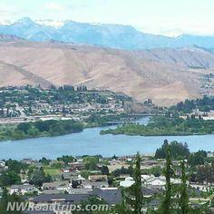 The #confluence of the #WenatcheeRiver and the #ColumbiaRiver on the north end of #Wenatchee.   #rivers #EastWenatchee #PNWlove #UpperLeftUSA #NorthwestIsBest #RoadTrip #NWRoadtrips