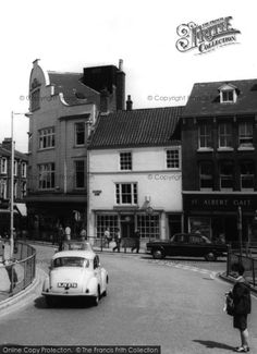 Grimsby, The Old Market Place from Francis Frith Old Street, My Childhood Memories, Photo Online, Nottingham, Ancestry, Old Town, Old Photos, 1960s, Nostalgia