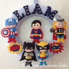 Guirlanda Porta de Maternidade tema Super Heróis para o Liam
