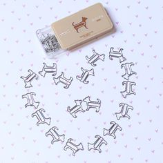 These dog shaped paper clips come in all different animal shapes. I need to get some!