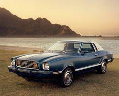 Historia del Automóvil: Los fracasos del mundo del motor. Ford Mustang de 1974  #SeguroDeCoche #Seguros #SeguroDeAutomovil #Segurauto #Segurnautas #Automovil
