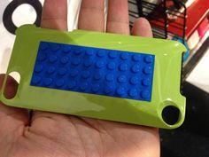 Brick your iPhone 5 with Belkin's Lego case | CES 2013: Gadgets - CNET Blogs