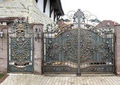Кованые ворота и калитки цена фото распашных и откатных кованых ворот ковка и дерево от УкрКовка