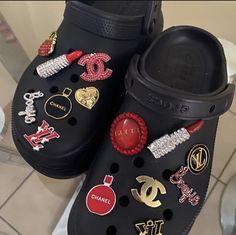 Crocs Fashion, Sneakers Fashion, Cool Crocs, Designer Crocs, Shoe City, Jordan Shoes Girls, Girls Shoes, Bling Shoes, Cute Sneakers