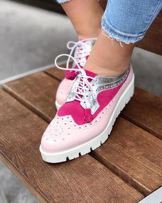 Lovidovi Charismatic Shoes - Handmade Pink Silver Oxfords #frauenpower #mandeinbih #handmade #ethical #stylish #slowfashion #leather #shoes #schuhe #oxford #pink #silver