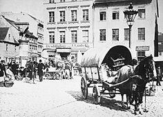 Berlin 1887 Der Neue Markt,links die Papenstrasse und rechts der Durchgang zur Marienkirche