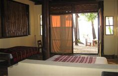 Our Rooms - Laguna Lodge - Lilli `s Bar Ngapali Beach - Myanmar