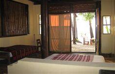Our Rooms - Laguna Lodge - Lilli `s Bar Ngapali Beach - Myanmar