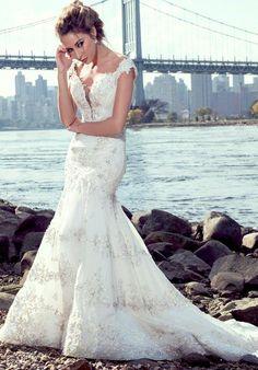 Stephen Yearick KSY85 Wedding Dress photo