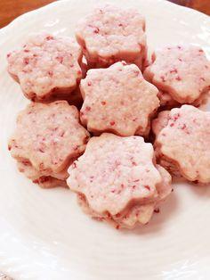 簡単!いちご味のさくらクッキー by クックQ9BNF1☆ [クックパッド] 簡単おいしいみんなのレシピが257万品