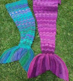 Crochet Mermaid Tail Blanket Pattern - Our Most Popular Crochet Post - find loads of gorgeous free patterns on our site