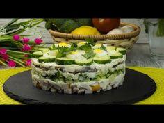 """Salata """"Găinușa delicioasă"""" – o un aperitiv pe placul tuturor oaspeților! Sushi, Seafood, Ethnic Recipes, Youtube, Sea Food, Youtube Movies"""