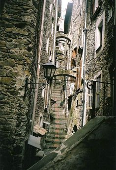 Dolceaqua, Italy by maisonburke, via Flickr