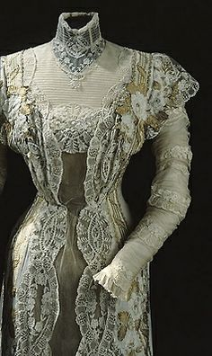 Dress of Queen Victorian of Sweden, 1911. Detail