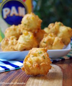 Easy Hush puppies Recipe with Corn and Jalapeno If you have never tried making a hush puppies recipe I have to say you are seriously missing out! Hush Puppies Recipe With Corn, Easy Hush Puppy Recipe, Corn Recipes, Seafood Recipes, Appetizer Recipes, Cooking Recipes, Appetizers, Jiffy Mix Recipes, Deserts