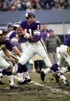 quarterback Joe Kapp (11) in action during the 1969 season at Metropolitan Stadium....