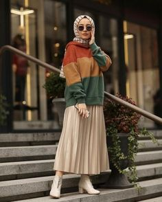 60 ideas skirt pleated outfits modest fashion fashion skirt - The world's most private search engine Modern Hijab Fashion, Street Hijab Fashion, Hijab Fashion Inspiration, Muslim Fashion, Mode Inspiration, Fashion Ideas, Fashion Muslimah, Modest Fashion Hijab, Hijab Casual
