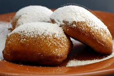Fresh beignets. Mmmm, dreaming of France!