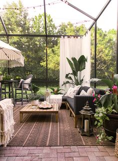 Inexplicable Puzzle Into Outdoor Living on a Budget Backyard Retreat Patio Ideas - prekhome Outdoor Retreat, Outdoor Rooms, Outdoor Living, Outdoor Decor, Backyard Retreat, Outdoor Furniture, Large Backyard Landscaping, Backyard Patio, Landscaping Ideas