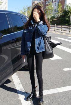kfashion, fashion, and korean fashion : ? kfashion, fashion, and korean fashion Korean Fashion Minimal, Korean Fashion Winter, Korean Fashion Trends, Korean Street Fashion, Asian Fashion, Look Fashion, Fashion Design, Fall Fashion, Fashion Photo