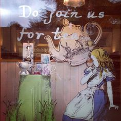 Our #AliceinWonderland window, snapped by @victoriathorpeart on Instagram.