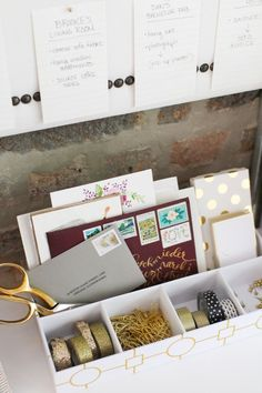 Working from home is an awesome perk, but have you ever accidentally created a workspace as drab as a cubicle? Here's the way to make the greatest home office at 7 simple (and cheap) steps. Desk Inspiration, Decoration Inspiration, Decor Ideas, Office Workspace, Office Spaces, Desk Space, Work Desk, Diy Desk, Office Organization