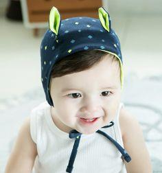 Hat with sweet little ears