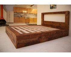 Shenandoah Platform Bed por BlakeAvenue en Etsy