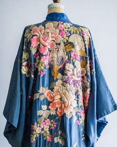 WEBSTA @ cosiobordaotejio -  un poco de inspiración: este kimono que encontré vía @pinterest y que no entiendo xq no lo tengo puesto en este minuto