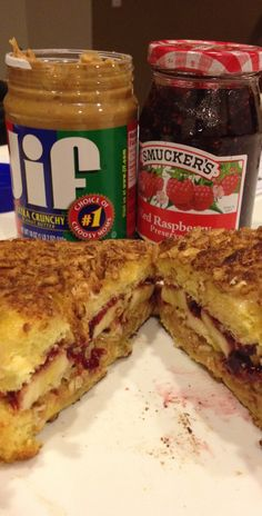 Amazing Fried Peanut Butter & Jelly with Banana and Cinnamon Cereal Sandwich Recipe; turn into panini? Banana Sandwich, Peanut Butter Sandwich, Peanut Butter Banana, Pb And J Sandwiches, Specialty Sandwiches, Fried Banana Recipes, Jelly Recipes, Cinnamon Cereal, Delicious Desserts