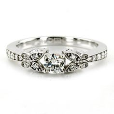 out of this world gorgeous, want my wedding ring to be this simple yet beautiful!