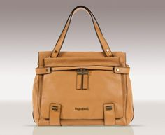 Hannah, our classic Tan Leather Shoulder Bag.  Baby changing, beautifully disguised. This will be the one for Kate Middleton when she has a baby.  Watch this space...