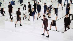 Dior Homme Spring-Summer 2014 collection presented yesterday in Paris by Kris Va. - Dior Homme Spring-Summer 2014 collection presented yesterday in Paris by Kris Van Assche. Dior Fashion, Fashion Art, Runway Fashion, Fashion Show, Fashion Design, Fashion Mode, Couture Fashion, Fashion Brand, Style Fashion