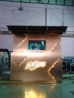Meh kholng Booth by V&J