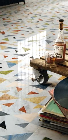 Allegro, a feature wall and floor design tracing a strong connection between the craftsmanship of terrazzo with the preciousness of inlay design. Floor Design, Tile Design, House Design, Floor Patterns, Tile Patterns, Deco Design, Kitchen Flooring, Terrazzo Flooring, Kitchen Tiles
