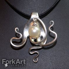 Items similar to Fork pendant with Swarovski white pearl bead on Etsy Silver Spoon Jewelry, Fork Jewelry, Silver Spoons, Metal Jewelry, Silver Plate, Gothic Jewelry, Jewelry Bracelets, Bijoux Design, Schmuck Design