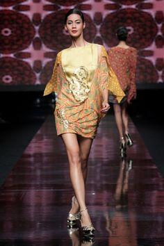 Jakarta Fashion Week 2012. Wearable Batik by Indonesian designer Hutama Adhi.