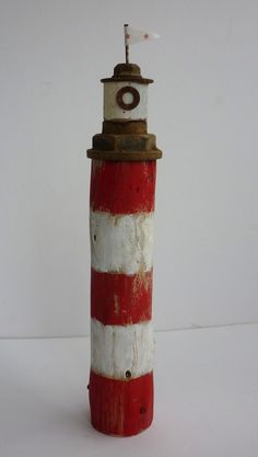 lighthouse is made from driftwood and reclaimed nuts Driftwood Projects, Driftwood Art, Sea Crafts, Diy And Crafts, Deco Marine, Presents For Him, Diy Presents, Miniature Houses, Wood Toys